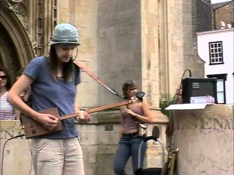Code Of The Cactus - Live On The Streets Of Cambridge!! -  With 2 String Cigar Box Guitar & Dan Moi