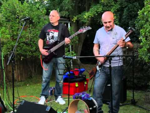 """Brickdust and Pyno playing """"King of Nothing"""""""