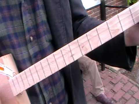 jez walker cigar box guitar,made by jez