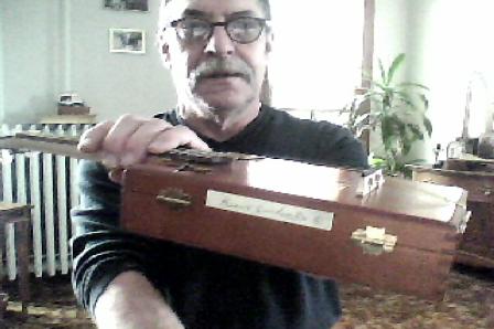 4 st.mandolin cigar box