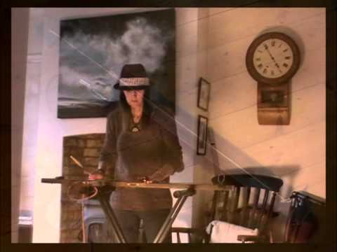 """Home made Bass Diddley Bow - The Leveller!! - With Elmar """"Diddley Bug"""" flatpup"""