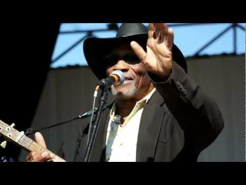 "Mac Arnold - ""Sweet Home, Chicago"" LIVE"