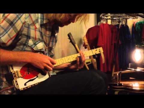 Mojobone Works Slide Demo - Music by Reed Turchi of TURCHI