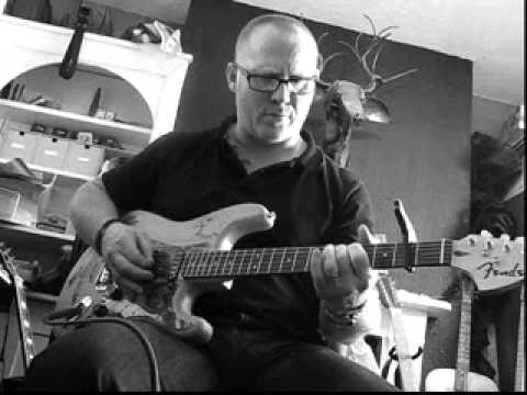 Bulldog Burning desgined Strat Guitar!
