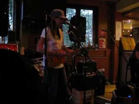 Cambridge 8th June - Bug's nock off dvd