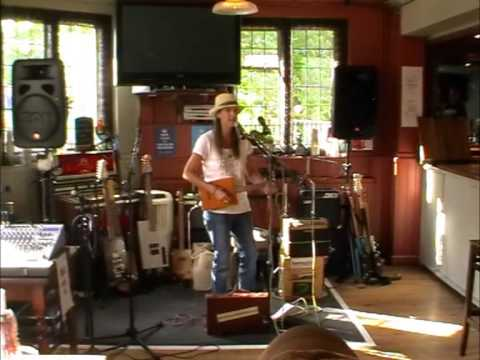 Fruit Lady - Live at The 2nd Cambridge Cigar Box Guitar Festival