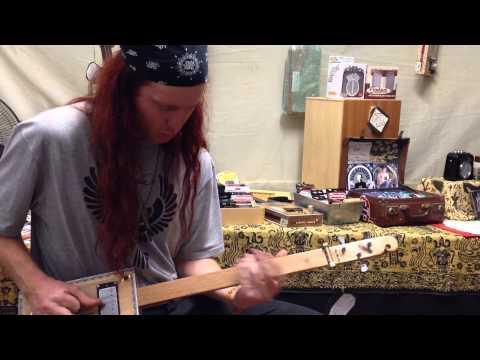McTrustry Cigar Box Guitars @ Woodford 2013/14