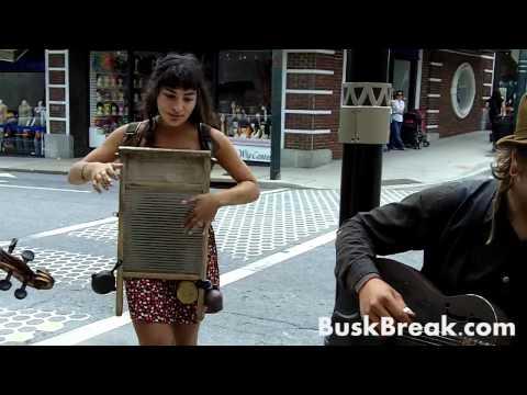"""Busk Break: Mister Gunn & The Pistol Packin' Mamas perform """"Caffeine"""""""