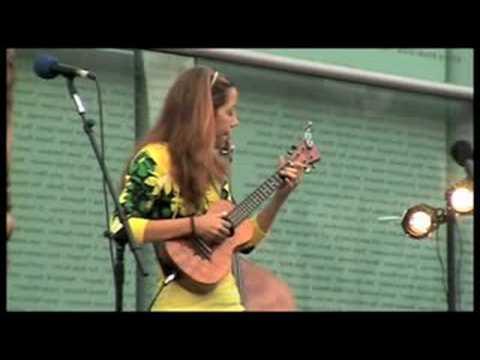 Brittni Paiva - Take Five (Live)