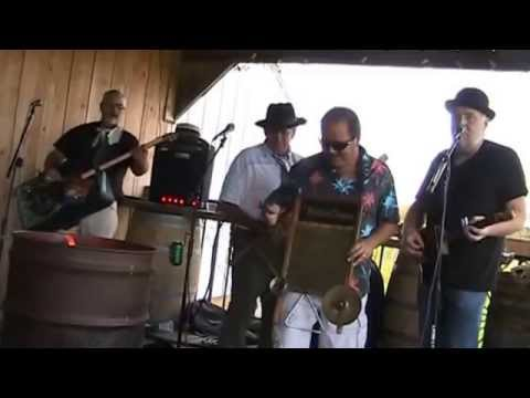 the Muckland Crooners - Jambalaya cover