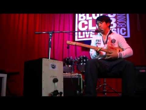 Bonny B. Tutoriel Cigar Box guitare à 2 cordes (Octave) '' La Basse '' 2 strings