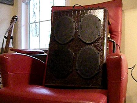 9-volt 4-speaker amp