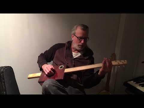 5-String Cookietin slide guitar