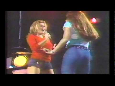 Tina Turner & Ann-Margret - Ann-Margret show - Nutbush City Limits, Honky Tonk Woman, Proud Mary
