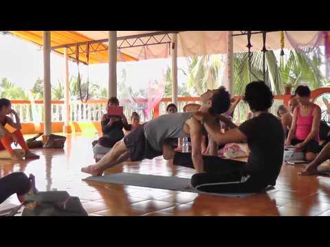 Sampoorna Yoga TTC500