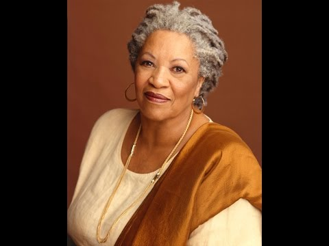 """Toni Morrison: """"I Want to See a White Man Convicted for Raping a Black Woman"""""""