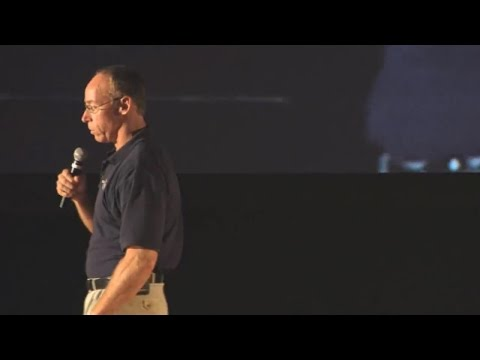 Dr. Steven Greer - THERE´S A MAN WHO IS SMARTER THAN EINSTEIN AND TESLA