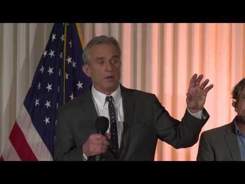Robert F. Kennedy, Jr. & Robert De Niro, National Press Club Conference, 2/15/17