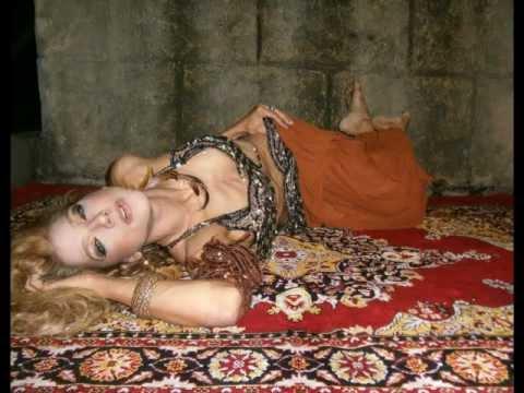 Dança do Ventre(RJ)p/Festas e eventos c/: IZLENE CRISTINA (21)9978-7025 ; ( Véu de Organza) ; e-mail:( izlene.cristina@gmail.com )