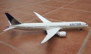 Risesoon 1:200 United B787-10