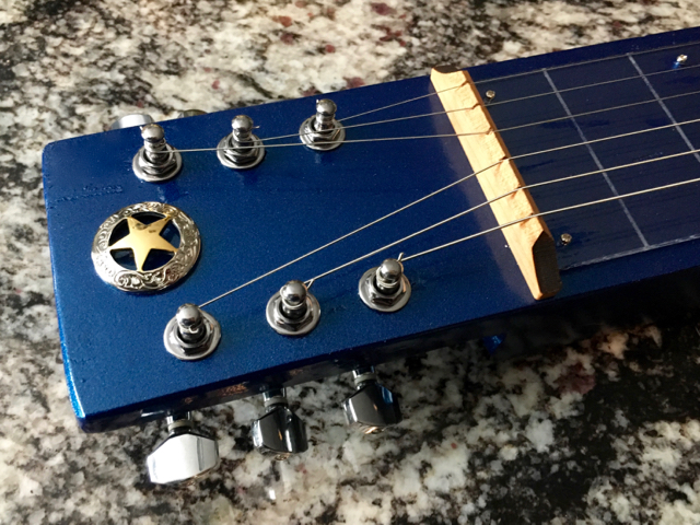 Headstock decoration on the lap steel