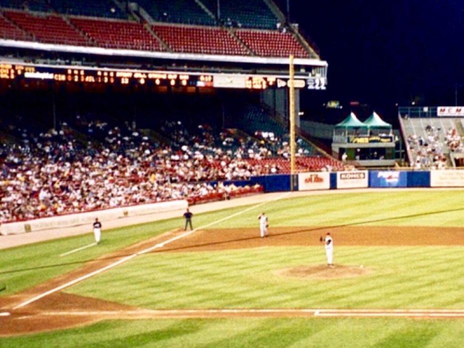 Milwaukee County Stadium; Milwaukee, WI (retired)