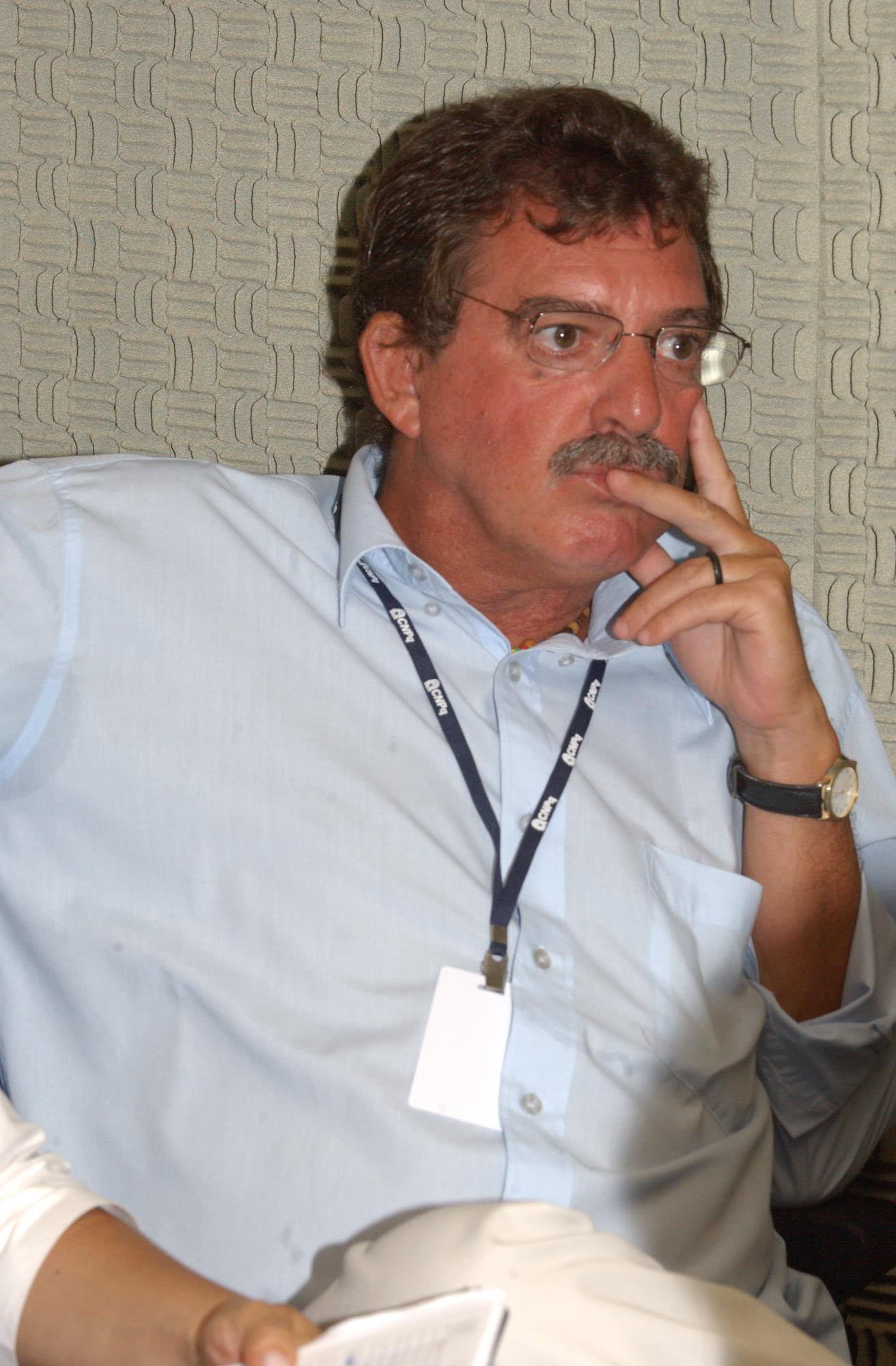 Hildebrando Souza Menezes Filho