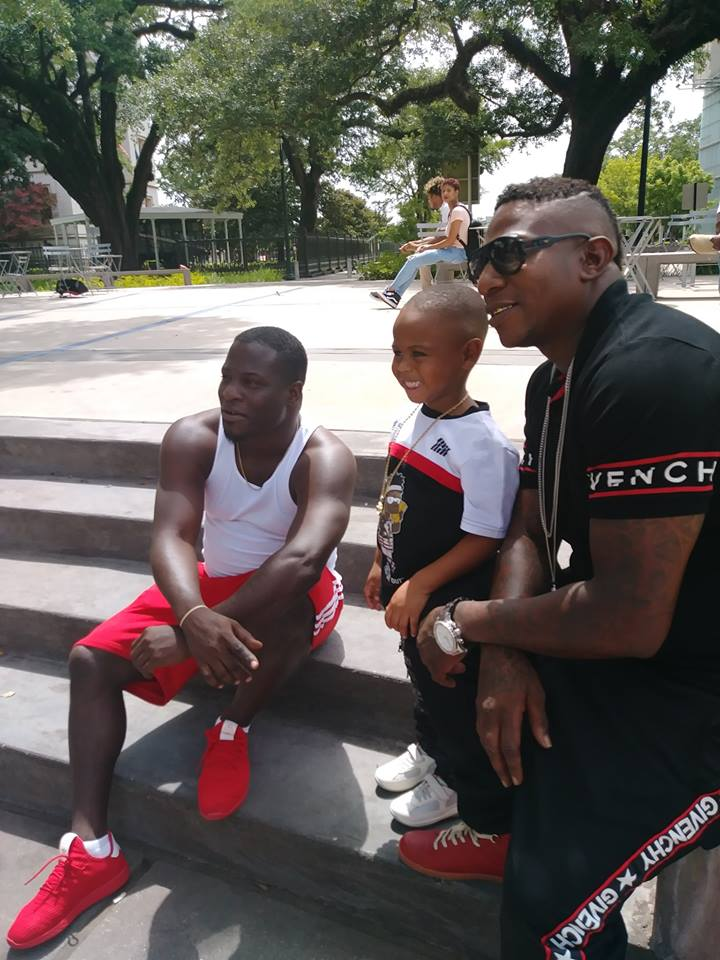 Famous Amos Meet Lil James on His Trip To BET
