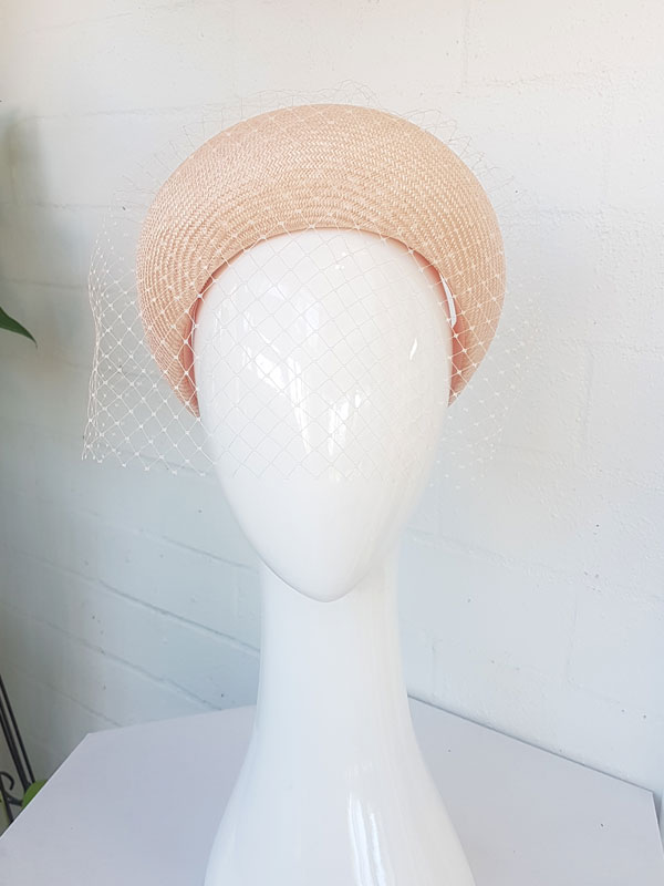 Coral-crown-with-vieling-1