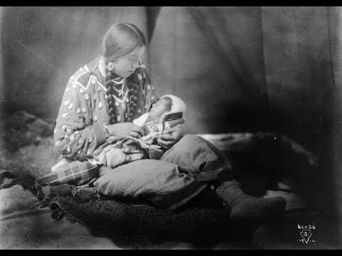 32 Vintage Photos of Native American Women and Children from the 19th & Early 20th Century