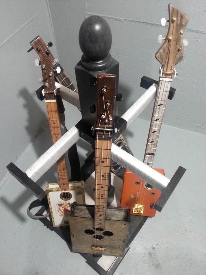 Spinnin guitar rack
