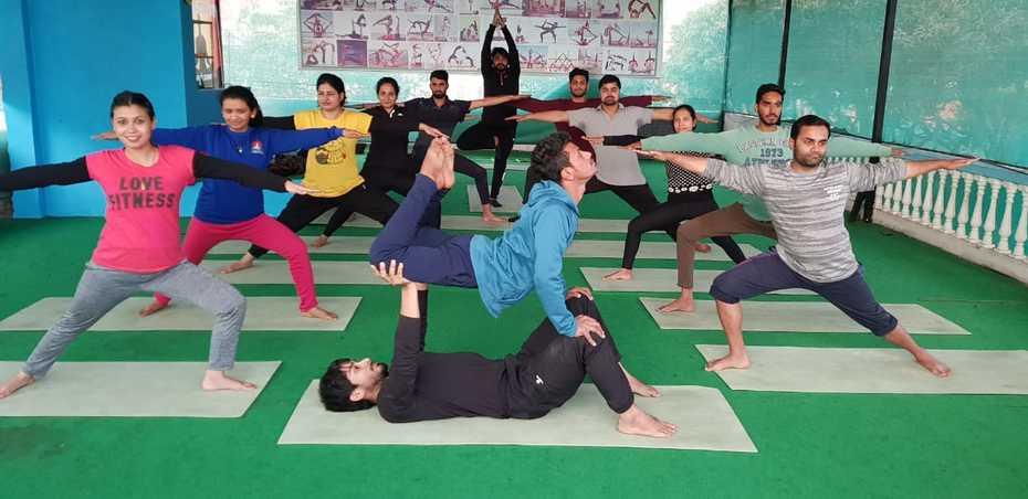 Kunwar-Yoga-Students-1a