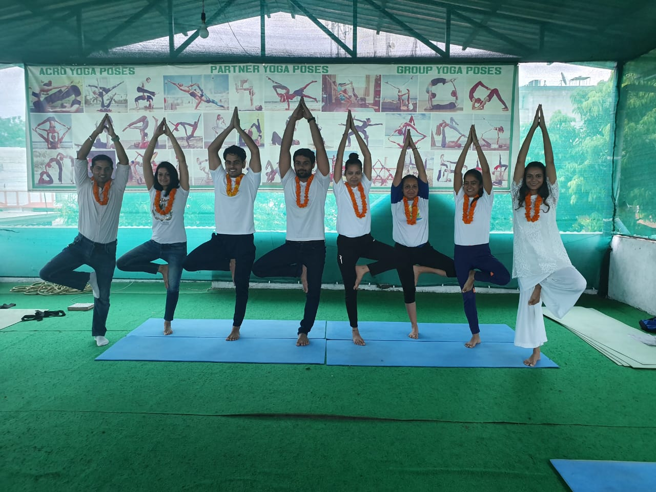 Kunwar-Yoga-Students-1o