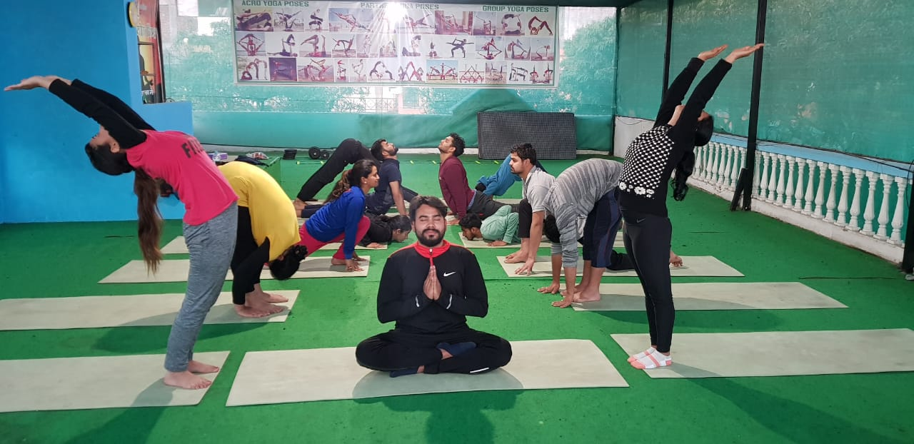 Kunwar-Yoga-Students-2