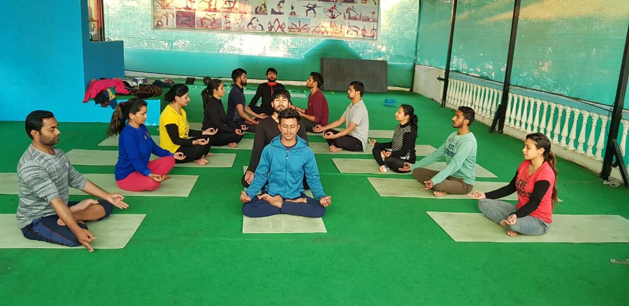 Kunwar-Yoga-Students-1c