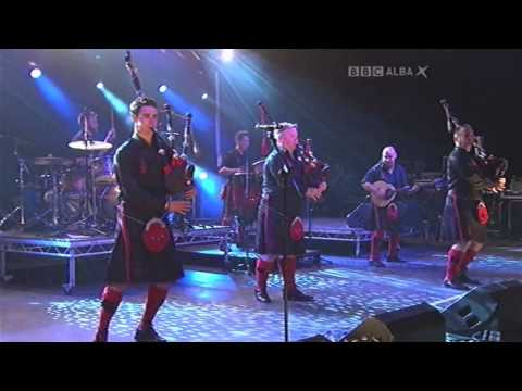 Fix You - Live - Red Hot Chilli Pipers, HebCelt Fest 2013