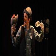 ESPECTÁCULOS: Le Fumiste - Teatro de Objetos, Circo e Magia