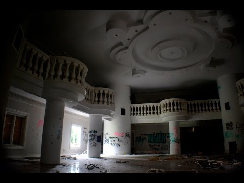 Exploring a Criminal's Abandoned $8 Million Mansion - NJ