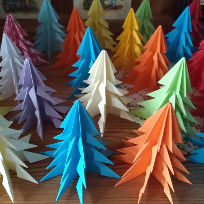 Papier Weihnachtsbäumchen