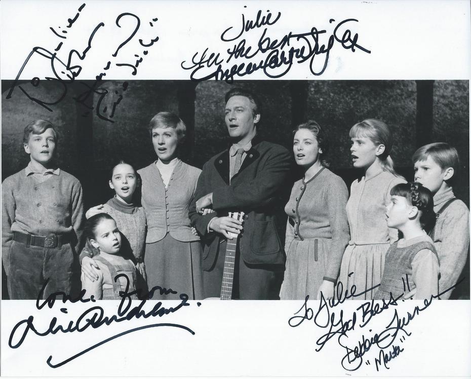 Julie Andrews signed Nov. 13, 2019 (c)