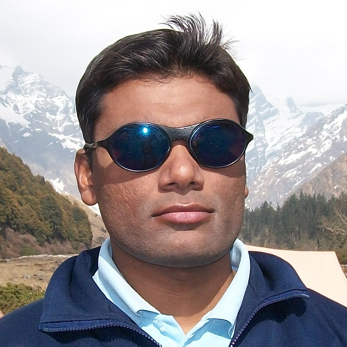 Dr Inam Danish Khan
