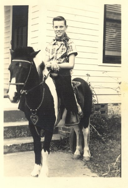 Pat Mullin on horse