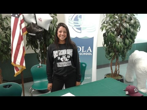 Analise De La Roca (Class Of 2017) Signs With New Mexico State University Softball