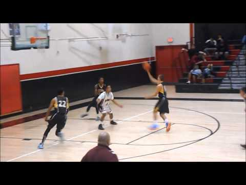Zach Foster-To-Quincy Thomas Alleyoop Combo Strikes Again!