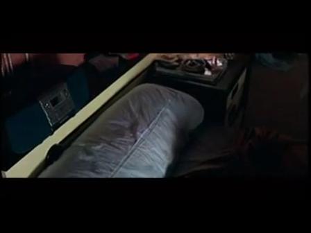 Penelope Cruz - Kung Fu Fighting (Carl Douglas)