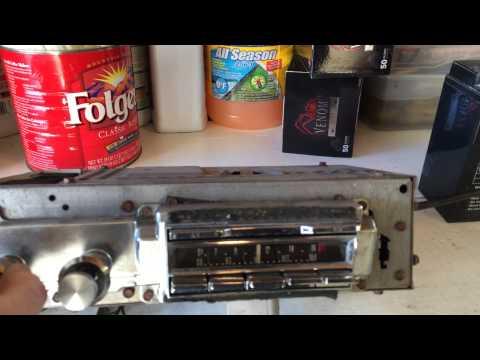 Testing an AM-FM Radio from 1964 Cadillac