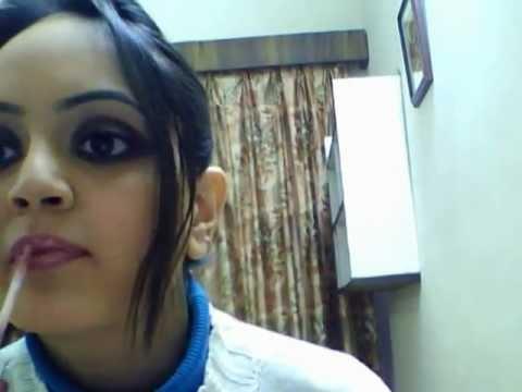 Kareena Kapoor's Heroine Look Recreated !!!