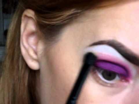 Poison Plum-Eye Makeup Tutorial