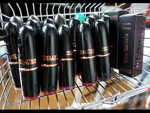 Makeup Revolution Iconic Pro lipsticks swatches + MAC dupes