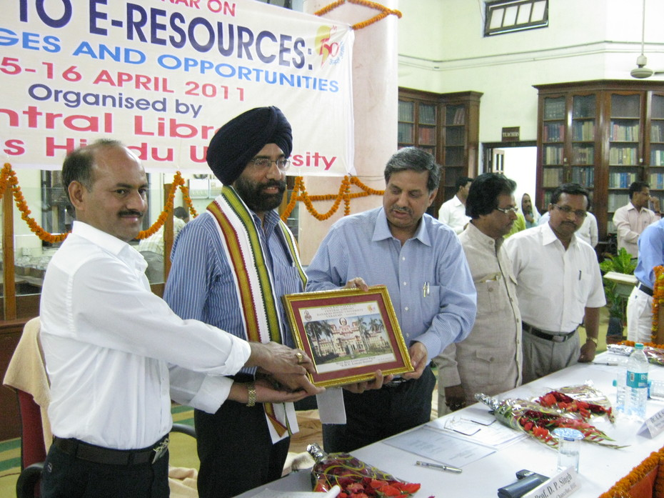 BHU Seminar on Print to E-Resources